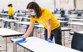 Tehostettua siivousta Laurean pääsykokeissa